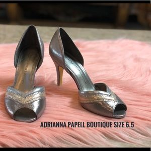 Adrianna Papell Boutique Silver Pumps Size 6.5
